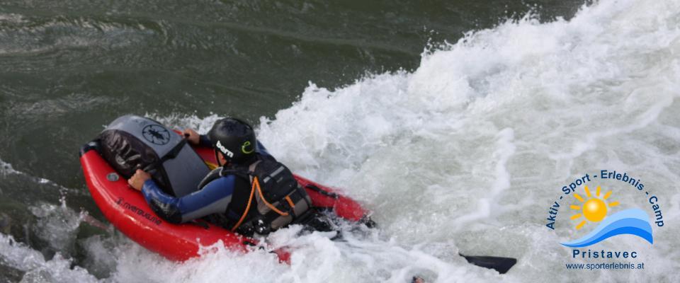 hinein in die Wellen und Walzen